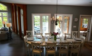 Dinning for 12 for your family retreat or girlfriend getawayat our muskoka cottage rental