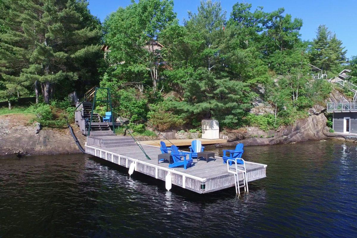 4 - Main Dock