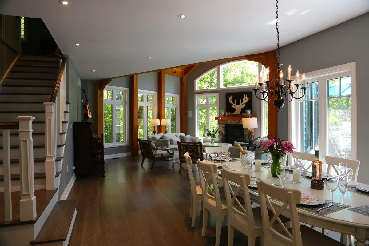large Great Room & dinning room at muskoka soul luxury cottage rentals
