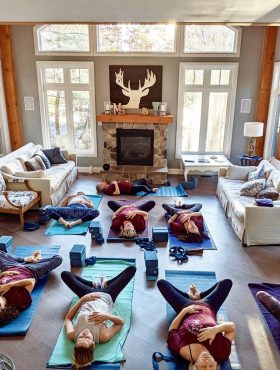 Yoga Retreat with Toronto Yoga Warrior on their muskoka ontario 3-night event for wellness, health & relaxing all at Muskoka Soul on Lake Muskoka